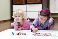Happi kids drawing Royalty Free Stock Photos