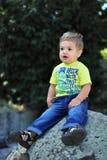 Happly weinig jongen Royalty-vrije Stock Fotografie
