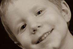 Happt pojke royaltyfri fotografi