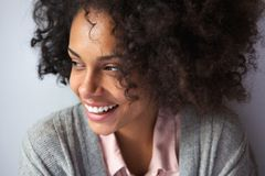 Happy african american woman smiling Royalty Free Stock Photography
