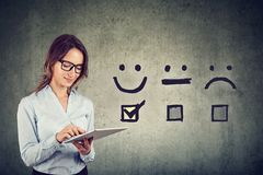 Free Happy Business Woman Giving Excellent Rating For Online Satisfaction Survey Royalty Free Stock Photo - 156643075