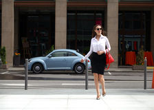 Happy businesswoman going to work Royalty Free Stock Images