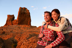Happy couple active lifestyle hiking outdoors Royalty Free Stock Images