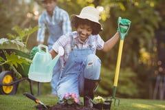 Happy couple gardening Royalty Free Stock Photography