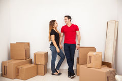 Happy couple moving in together Royalty Free Stock Photography