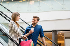Happy couple spending time shopping Royalty Free Stock Photography