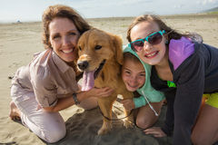 Happy family at the beach Royalty Free Stock Photography