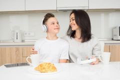 Happy family in the morning Royalty Free Stock Photography
