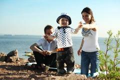 Happy family picnic Royalty Free Stock Photos
