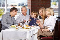 Happy family smiling together Royalty Free Stock Photography