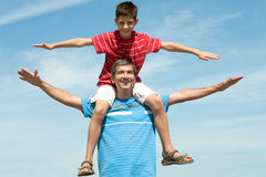 Happy father and his son Royalty Free Stock Photos