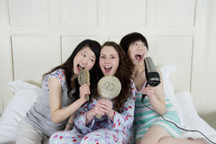 Happy female friends Royalty Free Stock Photography