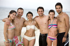 Happy friends at the beach Royalty Free Stock Photos