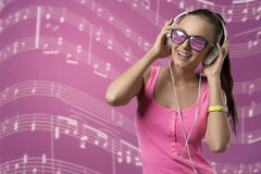 Happy girl listening music Royalty Free Stock Photography