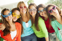 Happy group of teenage friends Royalty Free Stock Images
