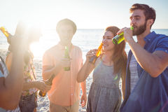Happy hipsters drinking beer Royalty Free Stock Image