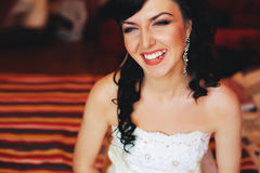 Happy laughing brunette bride Royalty Free Stock Photos