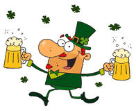 Happy Leprechaun With Two Pints of Beer Royalty Free Stock Images