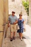 Happy loving senior couple enjoying vacation Royalty Free Stock Photos
