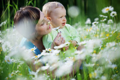Happy mother with her child Royalty Free Stock Photos