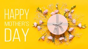 Free Happy Mother`s Day Background. Bright Yellow And Pastel Pink Colored Mother Day Background. Flat Lay Greeting Card. Stock Photos - 137749523