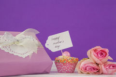 Happy mothers day card with cup cake and gift box Royalty Free Stock Images
