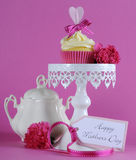 Happy Mothers Day pink heart cupcake on white stand Stock Photo