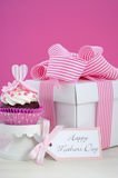 Happy Mothers Day pink and white cupcakes. Stock Photography