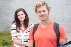 Happy pair of college students Royalty Free Stock Photos