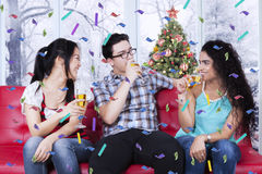 Happy people drinking champagne Royalty Free Stock Images