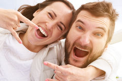 Happy screaming couple Royalty Free Stock Photos