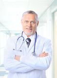 Happy senior doctor Royalty Free Stock Photos