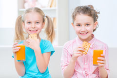 Happy sisters having fun together Royalty Free Stock Photos