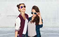 Happy smiling pretty teenage girls in sunglasses Royalty Free Stock Images