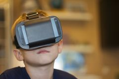Boy experiencing virtual reality Royalty Free Stock Photography