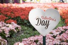 """""""Happy Valentine's Day† sztandar w kwiacie graden Obrazy Stock"""
