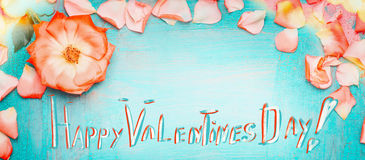 Happy Valentines day greeting card with pretty flowers Royalty Free Stock Photos