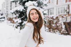 Free Happy Winter Moments Of Joyful Young Woman With Long Brunette Hair, White Winter Clothes Having Fun On Street In Snowing Royalty Free Stock Photos - 146860588