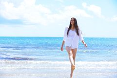 Happy woman enjoy summer vacation Royalty Free Stock Photos
