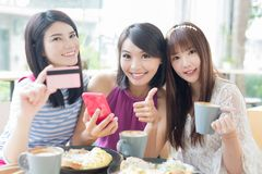 Happy woman friends in restaurant Royalty Free Stock Photo