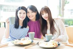 Happy woman friends in restaurant Royalty Free Stock Images