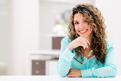 Happy woman at the office Royalty Free Stock Photography
