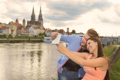 Happy young couple doing a selfie Royalty Free Stock Photo