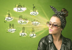 Happy young girl with sunglasses traveling to cities around the Royalty Free Stock Photos