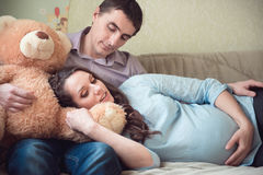 Happy young pregnant couple Stock Photography