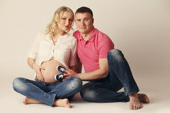 Happy young pregnant woman with her husband Royalty Free Stock Photography