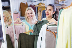 Happy young woman shopping jersey Royalty Free Stock Photos