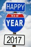 Hapy nytt år 2017 på amerikansk roadsign Royaltyfria Foton