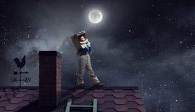 Haré astronauta y mosca al espacio Técnicas mixtas foto de archivo libre de regalías