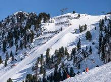 Harakiri skidar pisten i Mayrhofen, Österrike Royaltyfri Fotografi